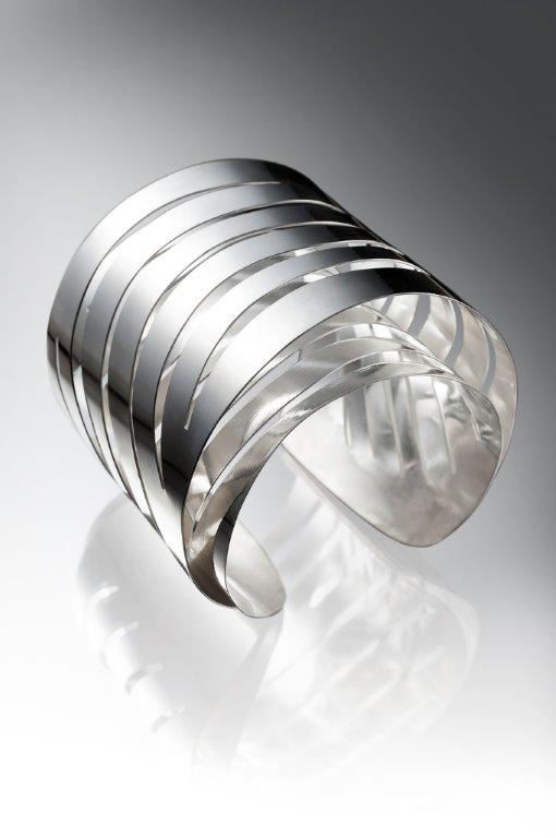 Pulseira em prata da designer Zingara Yuli